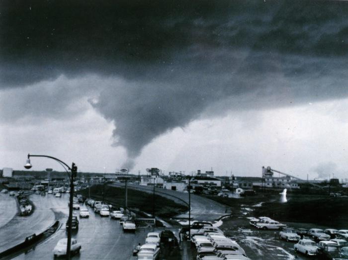1957 Dallas Tornado